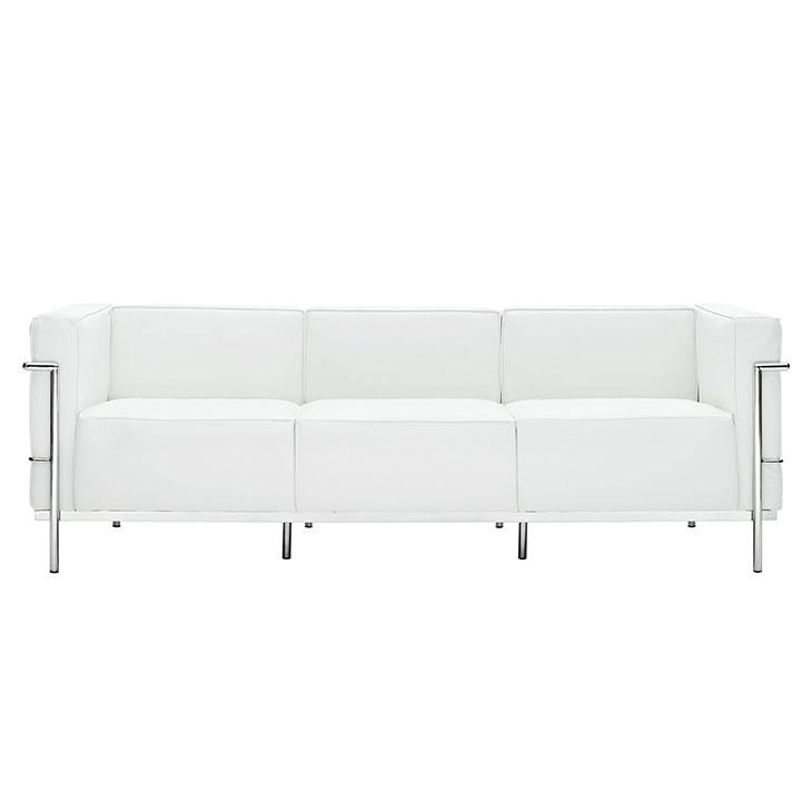 Диван трехместный Le Corbusier глубина 74см белыйКожаные диваны<br>&amp;lt;div&amp;gt;&amp;lt;span style=&amp;quot;line-height: 1.78571;&amp;quot;&amp;gt;Этот кожаный диван в оправе из хромированной стали — эталон престижа в мебельной моде. По задумке &amp;amp;nbsp;разработчика&amp;amp;nbsp;&amp;lt;/span&amp;gt;&amp;lt;span style=&amp;quot;line-height: 24.9999px;&amp;quot;&amp;gt;Ле Корбюзье, его образ вдохновлен архитектурными тенденциями&amp;lt;/span&amp;gt;&amp;lt;span style=&amp;quot;line-height: 24.9999px;&amp;quot;&amp;gt;. Его вид не содержит ни единой лишней линии. Все строго, последовательно и на своем месте. Такая мебель не терпит компромиссов, утверждая роскошь и благородство в каждой детали.&amp;lt;/span&amp;gt;&amp;lt;/div&amp;gt;&amp;lt;br&amp;gt;&amp;lt;div&amp;gt;<br>При изготовлении этой модели используется итальянская кожа высшей категории, коллекции Rome.&amp;lt;/div&amp;gt;<br><br>Material: Кожа<br>Length см: None<br>Width см: 204<br>Depth см: 84<br>Height см: 73