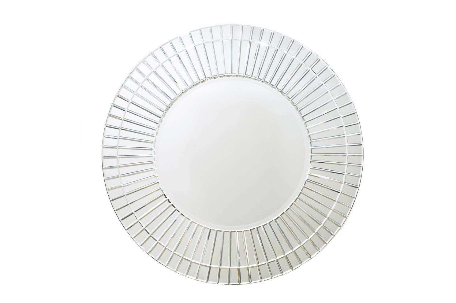 ЗеркалоНастенные зеркала<br>Овальное зеркало покорит вас блеском своей рамки из множества маленьких кусочков зеркального стекла. Отличная модель для ванной или будуара в американском стиле а-ля Тиффани.<br><br>Material: Стекло<br>Ширина см: 91<br>Высота см: 91.0