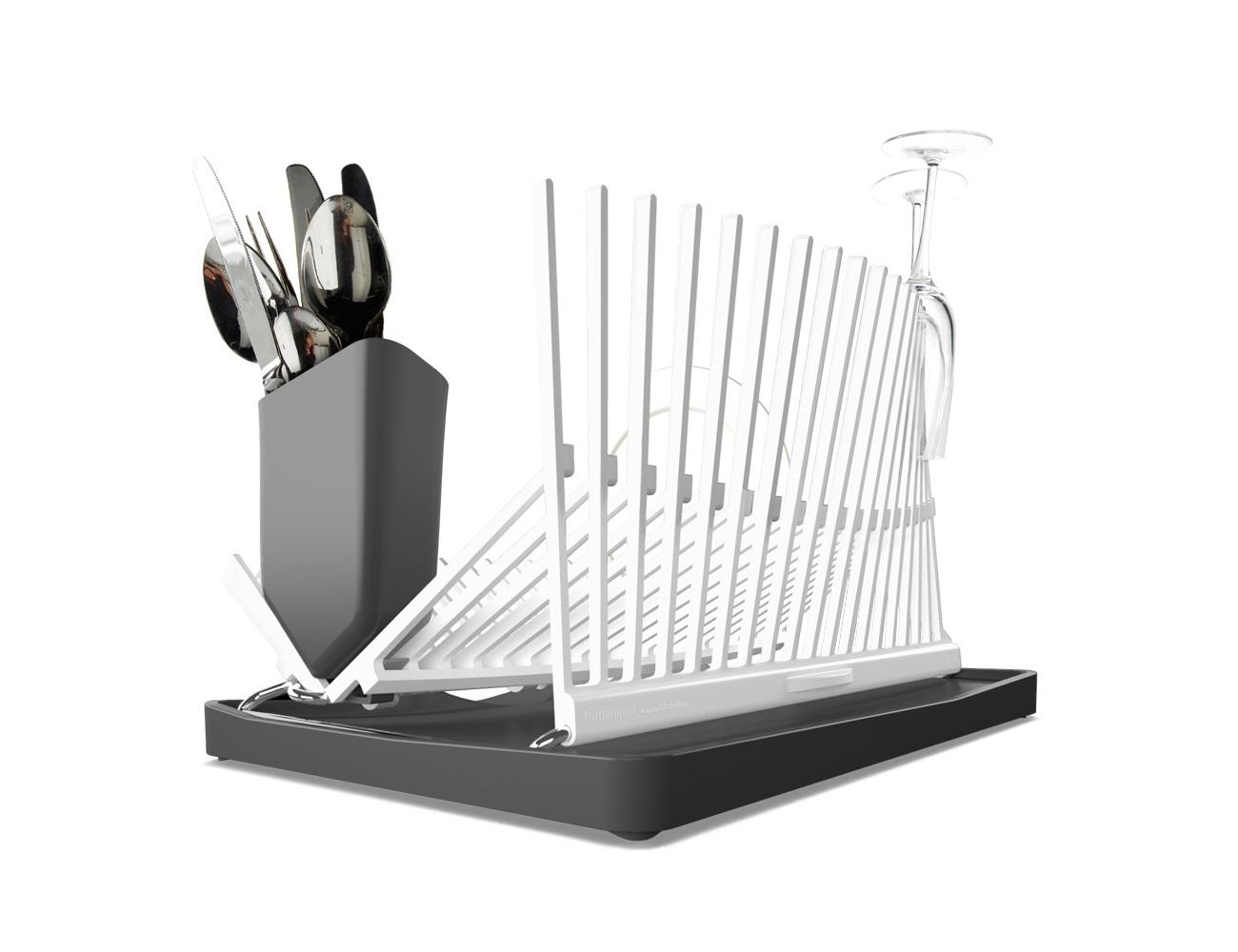 Сушилка forminimalПодставки и доски<br>Подставка, напоминающая архитектурные силуэты, одинаково стильная и функциональная. Вода с посуды скапливается в специальном поддоне, который легко чистится. Вертикальные держатели подойдут как для хрупких стаканов, так и для тяжёлых сковород. Можно мыть всю конструкцию в посудомоечной машине.<br><br>Material: Пластик<br>Length см: None<br>Width см: 47,5<br>Depth см: 31<br>Height см: 43