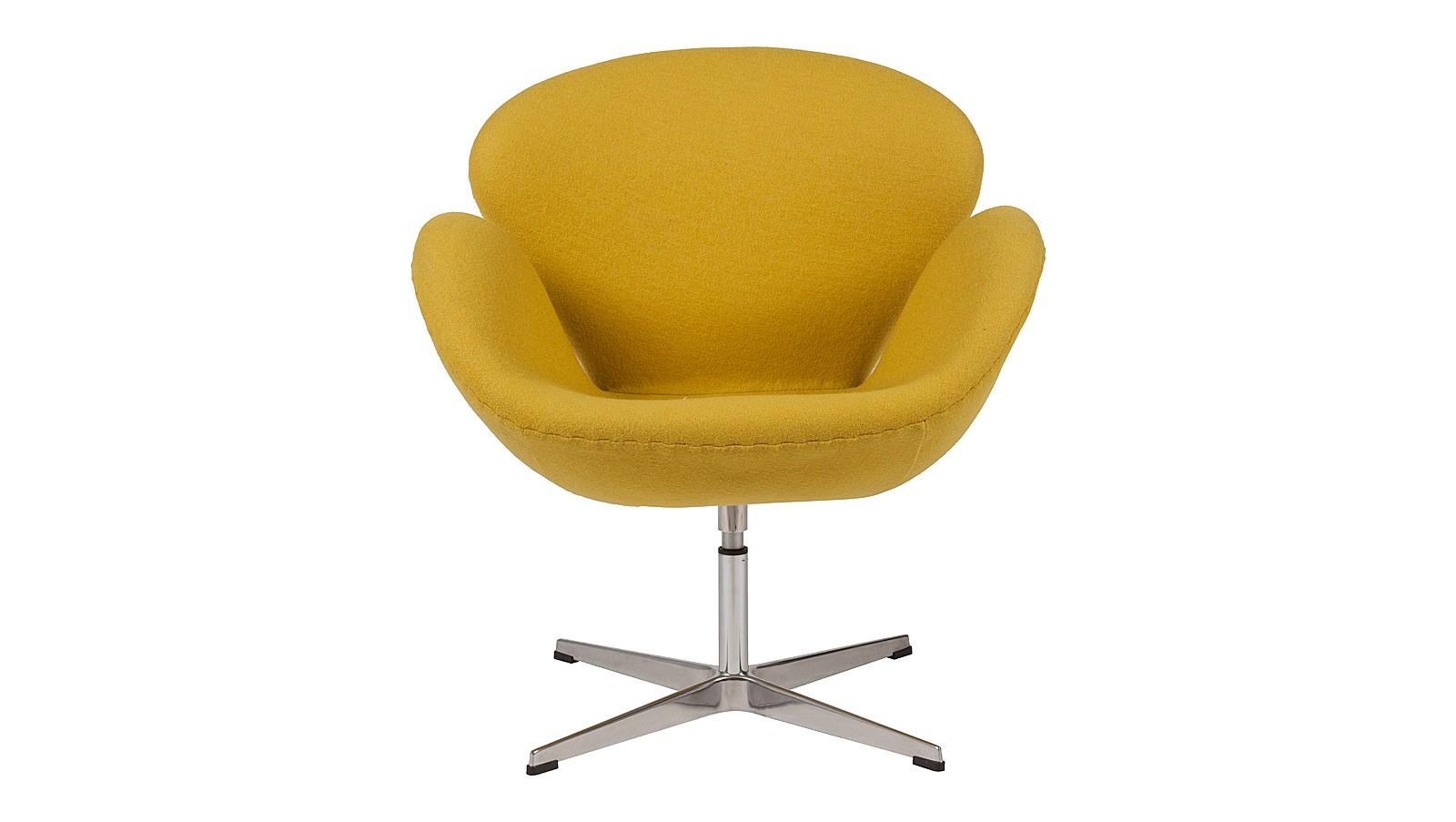 Кресло Swan ChairИнтерьерные кресла<br>Яркое желтое кресло &amp;amp;nbsp;&amp;quot;Swan Chair&amp;quot; за свою историю стало иконой стиля. Изначально оно было разработано для общественного интерьера, но быстро завоевав симпатии ценителей креативной мебели, перекочевало в жилые пространства. Приятный лимонный цвет, крутящееся основание и шерстяная обивка — в таком кресле можно незаметно провести весь вечер.<br><br>Material: Шерсть<br>Width см: 70<br>Depth см: 71<br>Height см: 78