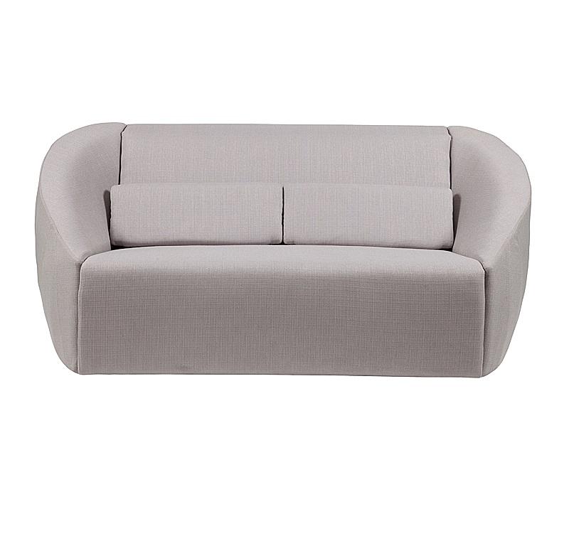 Диван Avec PlaisirДвухместные диваны<br>Этот лаконичный диван придумали в немецком бюро Kati Meyer-Br?hl. Конструкция оказалась такой удачной, что покорила сердца не только покупателей, но и маститых дизайнеров из German Design Council, присудивших ей главный приз на выставке IMM Cologne в Кельне. Плавные линии корпуса образуют сиденье, напоминающее ракушку. Минималистично, комфортно, очень уютно и современно.<br><br>Material: Текстиль<br>Length см: None<br>Width см: 185<br>Depth см: 104<br>Height см: 78