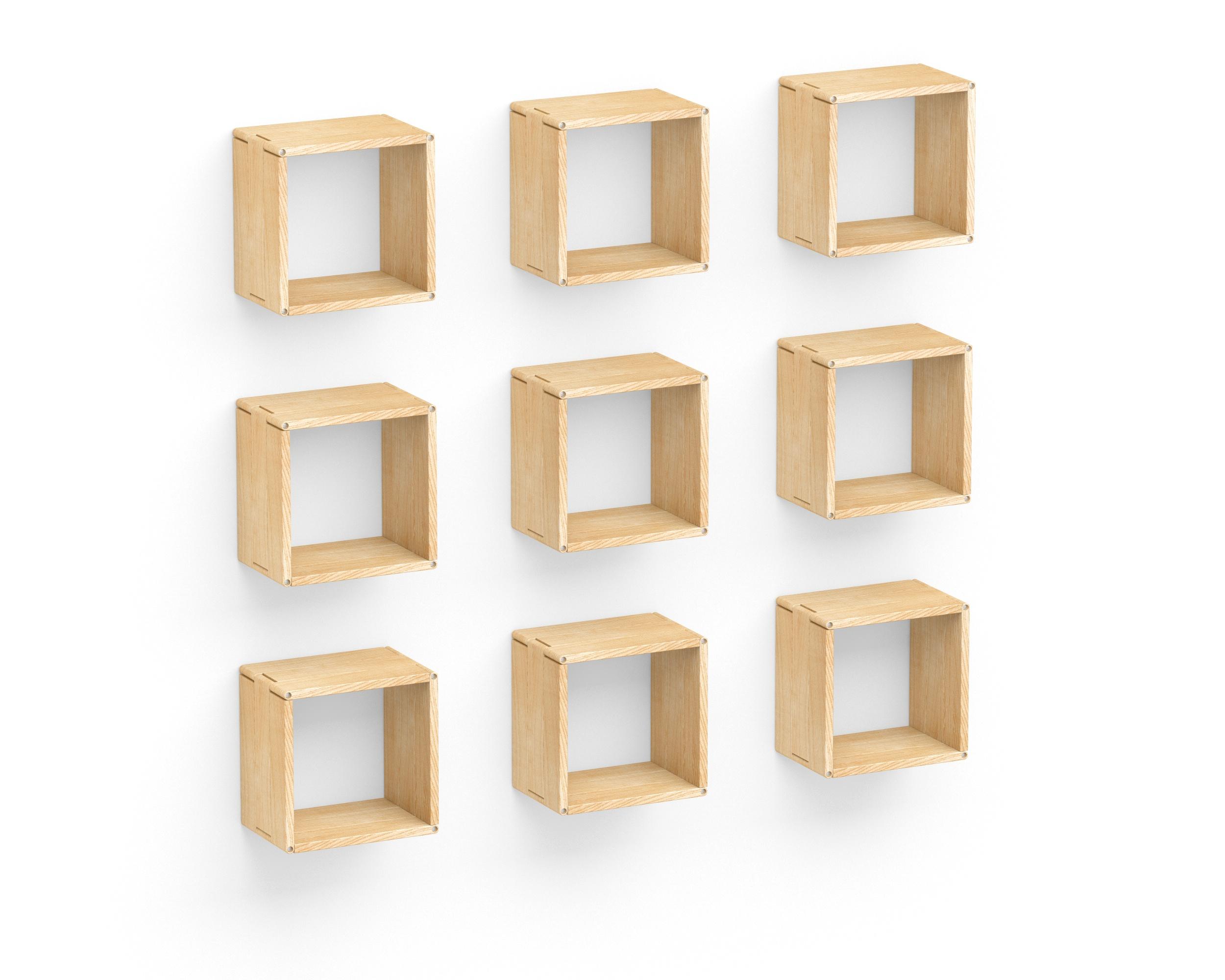 Полка-конструктор LATITUDE Flex Shelf set 101Полки<br>Сложно представить себе систему хранения, лучше подходящую для современных пространств в скандинавском эко-стиле. Ведь &amp;quot;Latitude Flex Shelf Set 101&amp;quot; ? это практичность оригинальных форм и красота естественного природного великолепия. Другими словами, это то, что так необходимо популярному сегодня оформлению. Теплота натурального дерева, лаконичность объемных пропорций, возможность создавать уникальные композиции ? прекрасный тандем, идеальный для аскетичных пространств, которым не хватает уюта.<br><br>Material: Ясень<br>Width см: 152<br>Depth см: 22<br>Height см: 152