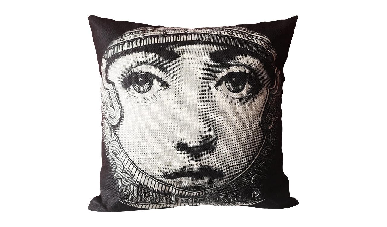"DG Подушка с портретом Лины Пьеро Форназетти ""Knight"""