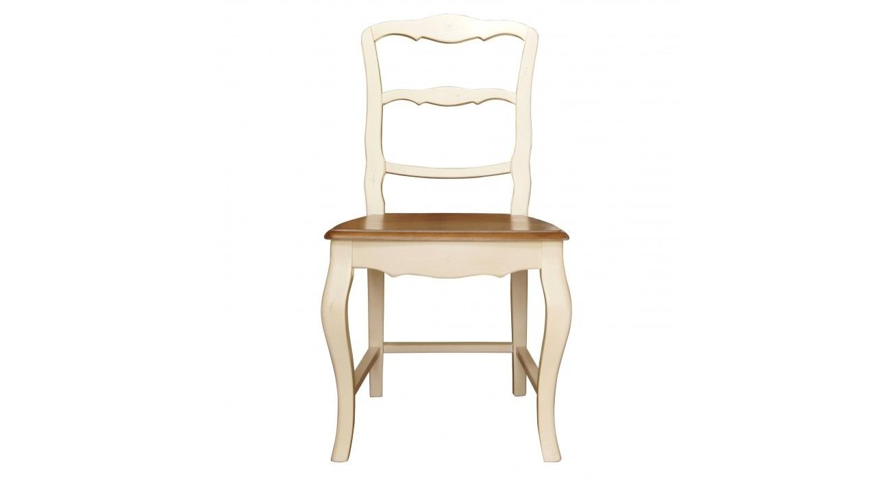 Стул LeontinaОбеденные стулья<br>Чем можно заинтересовать в отсутствии яркой отделки? Конечно, изяществом пропорций. Именно они, такие волнующие и чувственные, позволяют стулу &amp;quot;Leontina&amp;quot; источать притягательность. В многочисленных изгибах резных деревянных деталей и кроется шарм прованского стиля, в котором выполнено оформление. Шарм скромный, нежный, но удивительно эффектный и грациозный, завораживающий с первого знакомства.&amp;lt;div&amp;gt;&amp;lt;br&amp;gt;&amp;lt;/div&amp;gt;&amp;lt;div&amp;gt;&amp;lt;br&amp;gt;&amp;lt;/div&amp;gt;&amp;lt;div&amp;gt;<br>Информация о комплекте&amp;lt;a href=&amp;quot;https://www.thefurnish.ru/shop/mebel/mebel-dlya-doma/komplekty-mebeli/66372-obedennaya-gruppa-leontina-stol-plius-4-stula&amp;quot;&amp;gt;&amp;lt;b&amp;gt;&amp;amp;gt;&amp;amp;gt; Перейти&amp;lt;/b&amp;gt;&amp;lt;/a&amp;gt;<br>&amp;lt;/div&amp;gt;<br><br>Material: Береза<br>Length см: 47<br>Width см: 47<br>Height см: 90