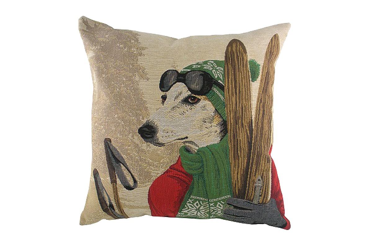 Подушка с картинкой Ski Dogs GreyhoundКвадратные подушки и наволочки<br>Бежевая подушечка, с чехлом из натуральной ткани (лен) и изображением пса в экипировке лыжника, вызывает улыбку и поднимает настроение. Зеленые вязаные шапочка и шарф забавно обрамляют мордочку колли. Подушки с таким декором подойдут для подарка и содержательно украсят интерьер вашего дома.<br><br>Material: Текстиль<br>Width см: 46<br>Depth см: 10<br>Height см: 46