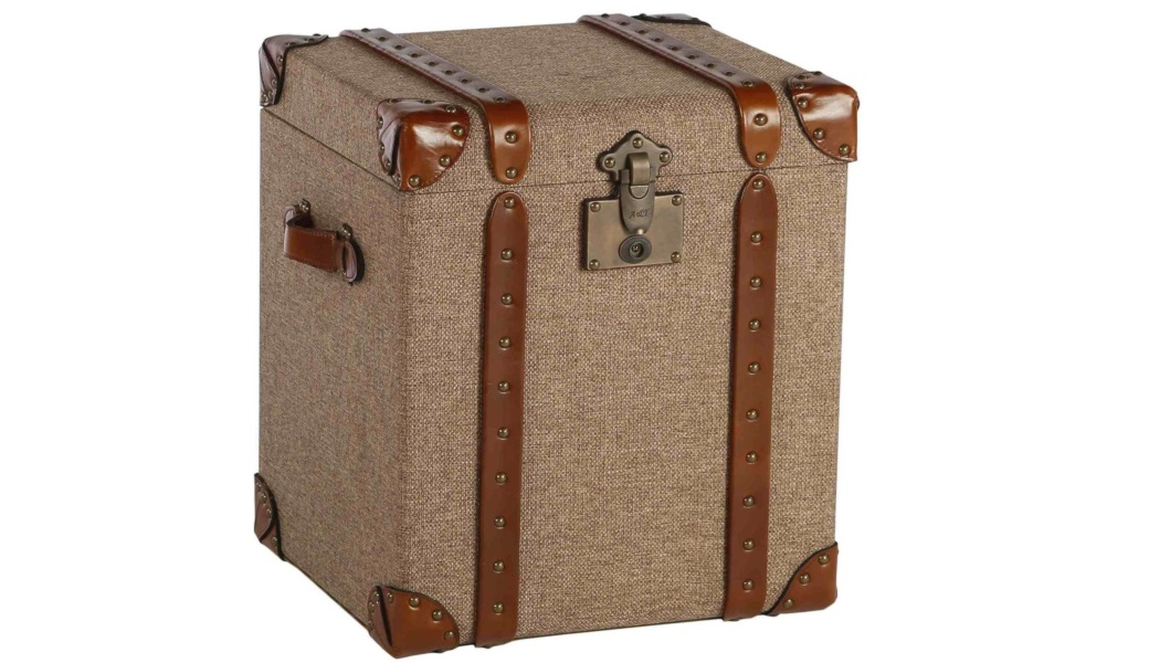 Сундук Jamaica hempСовременные сундуки<br>Интерьерный сундук может служить как функциональным предметом мебели, так и оригинальным аксессуаром.<br><br>Material: Текстиль<br>Length см: None<br>Width см: 43<br>Depth см: 48<br>Height см: 56<br>Diameter см: None