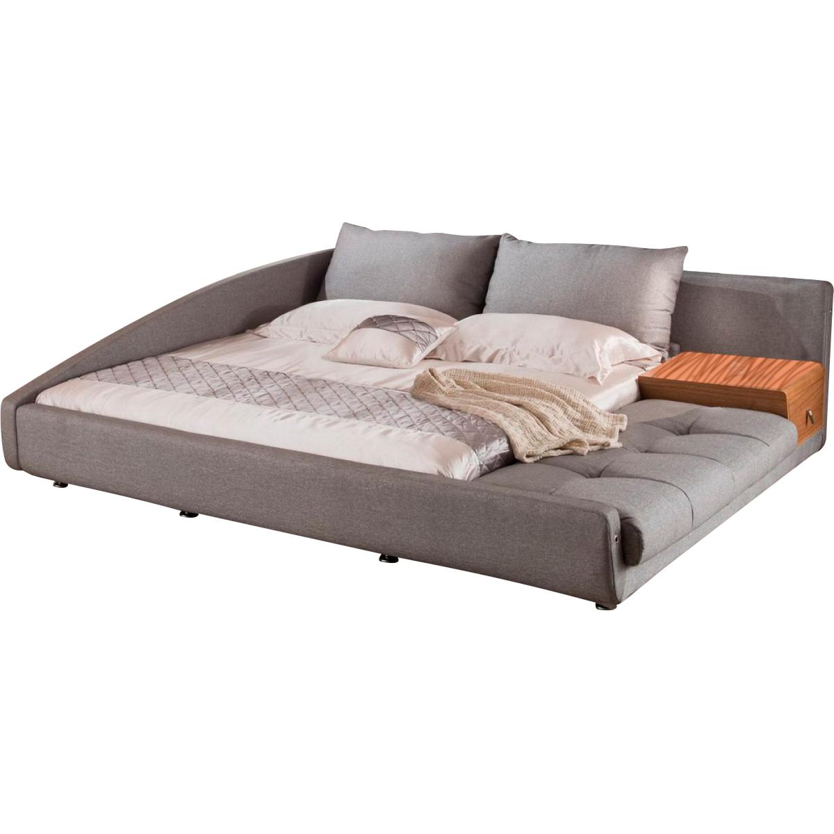 Кровать 1336 (160х200) серыйКровати с мягким изголовьем<br>Кровать выполнена в современном скандинавском стиле. Очень оригинальное решение дизайнера по объединению дивана и кровати отлично подойдет для жителей мегаполиса. Данная кровать может быть использована как с левым, так и с правым углом. Угол можно поменять при сборке кровати. Прикроватная тумбочка входит в комплект. Тумбочка покрыта натуральным шпоном ценных пород дерева. Размер спального места: 160X200 см. Ламели входят в стоимость.<br><br>Material: Текстиль<br>Length см: 233<br>Width см: 236<br>Height см: 74