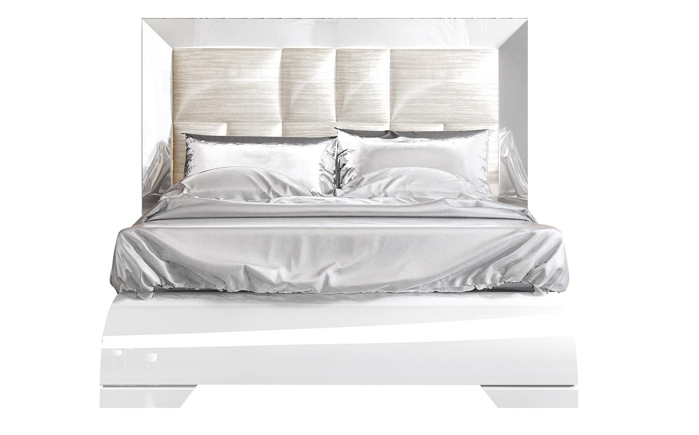 Кровать FRANCO CARMEN 1031 (160 х200) белыйКровати с мягким изголовьем<br>Ламели входят в стоимость.&amp;lt;div&amp;gt;Материал: МДФ/ЛАК&amp;lt;br&amp;gt;&amp;lt;/div&amp;gt;<br><br>Material: МДФ<br>Length см: 218<br>Width см: 190<br>Height см: None