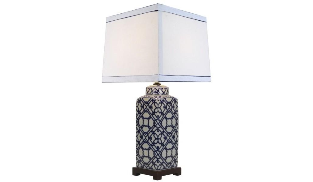 Настольная лампаДекоративные лампы<br>E27/50W/220-240V<br><br>Material: Керамика<br>Width см: 36<br>Depth см: 36<br>Height см: 77<br>Diameter см: None