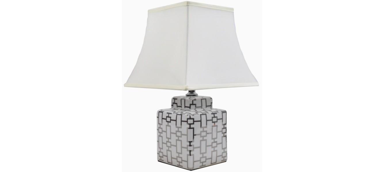 Лампа настольнаяНастольные лампы<br>E27/50W/220-240V<br><br>Material: Керамика<br>Width см: 30<br>Depth см: 30<br>Height см: 47<br>Diameter см: None
