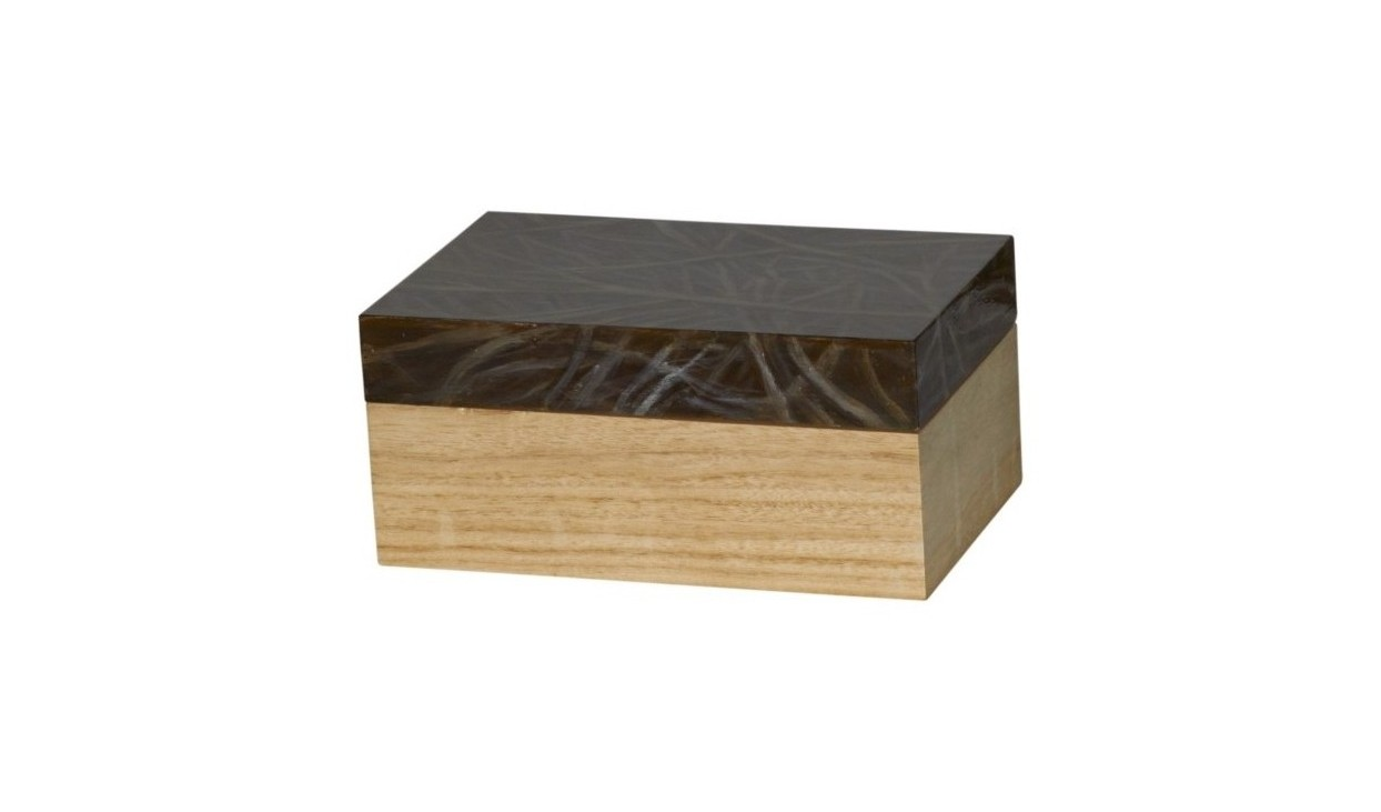 ШкатулкаШкатулки<br><br><br>Material: Дерево<br>Width см: 20<br>Depth см: 17<br>Height см: 13<br>Diameter см: None