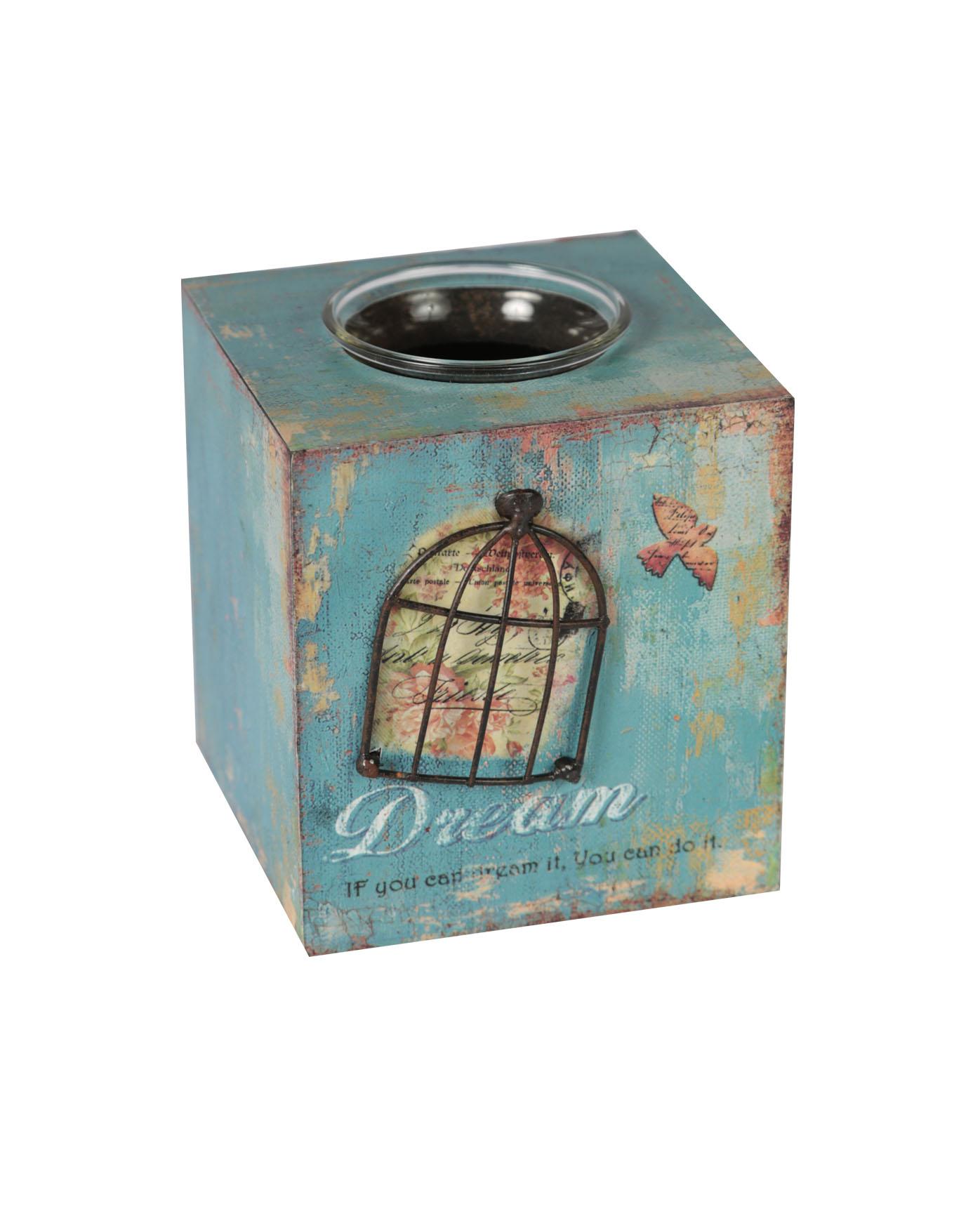 Бокс для хранения ПатэнЕмкости для хранения<br>Патэн - это замечательный аксессуар во французском стиле, декорированный разноцветными красками и надписями. Бокс отлично подходит для хранения важных мелочей. Разместите бокс для хранения в прихожей или в любом другом помещении дома.<br><br>Material: Металл<br>Width см: 11<br>Depth см: 10<br>Height см: 12