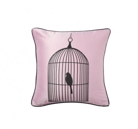 Подушка Birdie In A Cage PinkФигурные подушки<br>Элегантная нежно-розовая подушка с нарисованной птичкой в клетке Birdie In A Cage Pink. Мягкий упругий наполнитель поможет принять удобную позу и расслабится. Декоративные дневные подушки — это те приятные мелочи, которые придают квартире обжитой, уютный вид. Подушки этой серии выгодно подчеркнут уют интерьера детской комнаты. Подушка также будет отличным сувениром и оригинальным подарком на новоселье.<br><br>Material: Хлопок<br>Width см: 43<br>Depth см: 43<br>Height см: 10