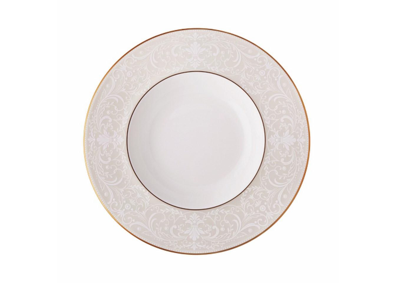 Тарелка глубокаяТарелки<br>MIKASA по праву считается одним из мировых лидеров по производству столовой посуды из фарфора и керамики. На протяжении более полувека категории качества и дизайна являются неотъемлемой частью бренда MIKASA. Сегодня MIKASA сотрудничает со многими известными дизайнерами, работающими для лучших фабрик мира, и использует самые передовые технологии в производстве посуды.<br><br>Material: Фарфор<br>Diameter см: 22