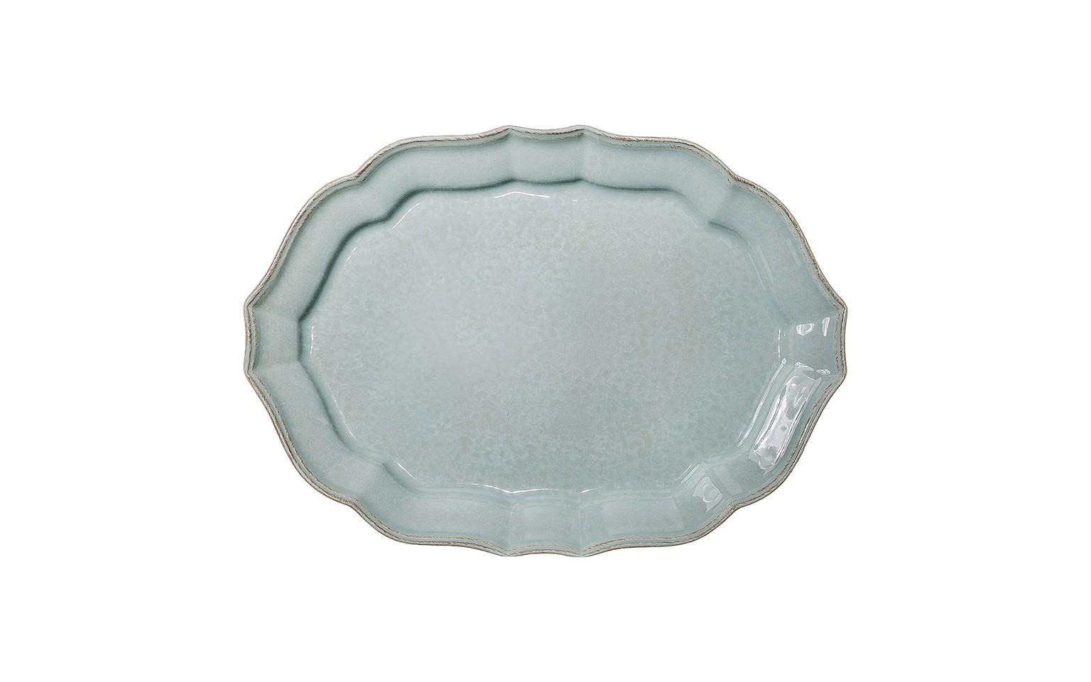 Блюдо овальноеДекоративные блюда<br>Costa Nova (Португалия) – керамическая посуда из самого сердца Португалии. Керамическая посуда Costa Nova абсолютно устойчива к мытью, даже в посудомоечной машине, ее вполне можно использовать для замораживания продуктов и в микроволновой печи, при этом можно не бояться повредить эту великолепную глазурь и свежие краски. Такую посуду легко мыть, при ее очистке можно использовать металлические губки – и все это благодаря прочному глазурованному покрытию. Все серии посуды от Costa Nova отвечают международным стандартам качества. Керамическая посуда от Costa Nova не содержит такие вещества, как свинец и кадмий.<br><br>Material: Керамика<br>Width см: 45