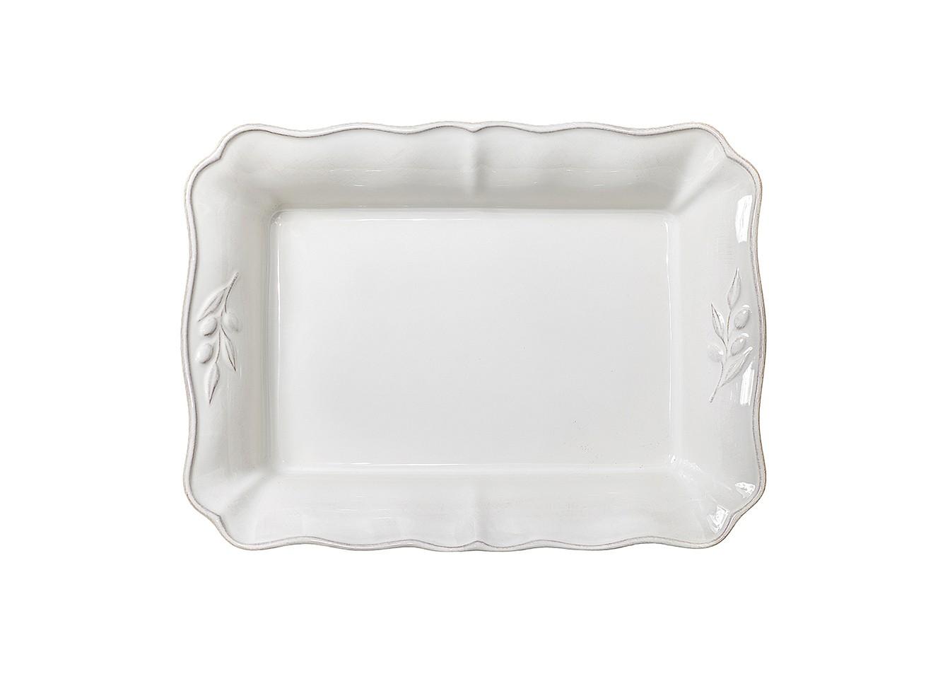 Блюдо для запеканияДекоративные блюда<br>Costa Nova (Португалия) – керамическая посуда из самого сердца Португалии. Она абсолютно устойчива к мытью, даже в посудомоечной машине, ее вполне можно использовать для замораживания продуктов и в микроволновой печи, при этом можно не бояться повредить эту великолепную глазурь и свежие краски. Такую посуду легко мыть, при ее очистке можно использовать металлические губки – и все это благодаря прочному глазурованному покрытию. Все серии посуды от Costa Nova отвечают международным стандартам качества. Керамическая посуда от Costa Nova не содержит такие вещества, как свинец и кадмий.<br><br>Material: Керамика<br>Width см: 35