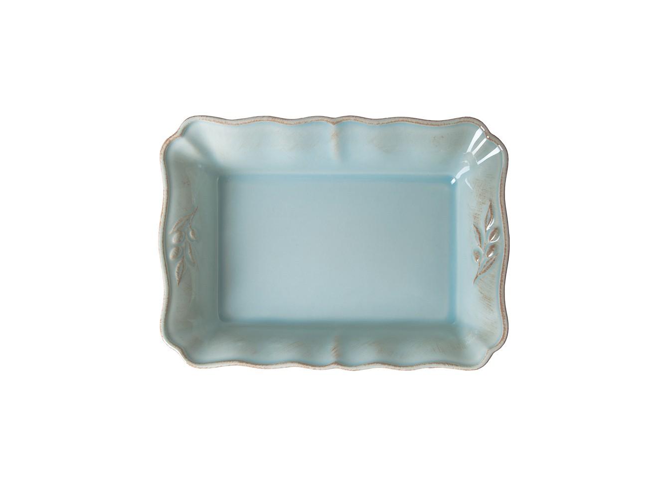 Блюдо для запеканияДекоративные блюда<br>Costa Nova (Португалия) – керамическая посуда из самого сердца Португалии. Она абсолютно устойчива к мытью, даже в посудомоечной машине, ее вполне можно использовать для замораживания продуктов и в микроволновой печи, при этом можно не бояться повредить эту великолепную глазурь и свежие краски. Такую посуду легко мыть, при ее очистке можно использовать металлические губки – и все это благодаря прочному глазурованному покрытию. Все серии посуды от Costa Nova отвечают международным стандартам качества. Керамическая посуда от Costa Nova не содержит такие вещества, как свинец и кадмий.<br><br>Material: Керамика<br>Width см: 30