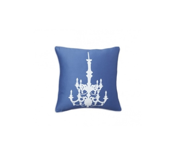 Подушка Chandelier Diamond-BlueКвадратные подушки<br>Синяя подушка квадратной формы с изображением в виде белого канделябра. Мягкий и упругий наполнитель подушки хорошо поддерживает спину, помогает расслабиться и принять удобную позу. Подушка также будет отличным сувениром и оригинальным подарком.<br><br>Material: Хлопок<br>Width см: 43<br>Depth см: 10<br>Height см: 43