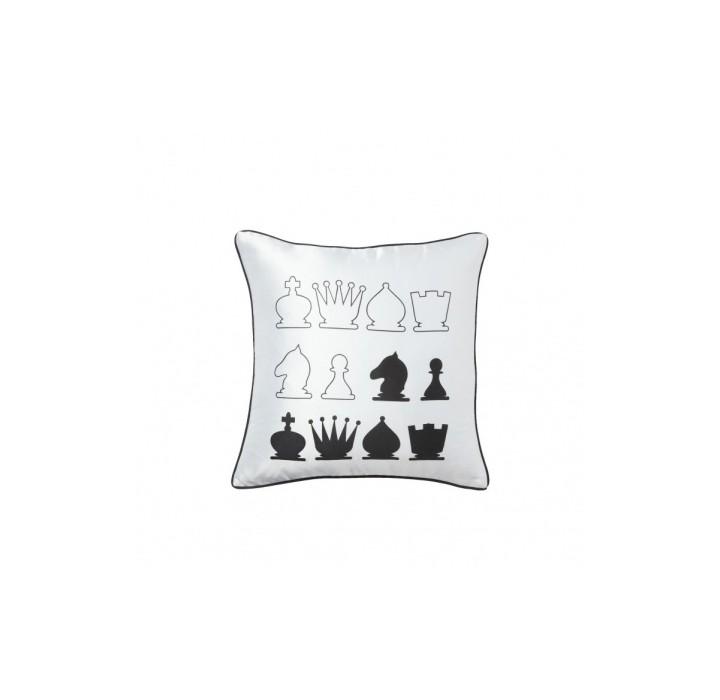 Подушка ChessКвадратные подушки и наволочки<br>Хлопковая белая подушка с изображением шахматных фигур и мягким упругим наполнителем хорошо поддержит вашу спину, поможет расслабиться. Подушка с контрастным декором привлекает внимание и станет стильным аксессуаром вашей гостиной. Подушка также будет отличным сувениром и оригинальным подарком любителю шахмат. Так и хочется сыграть пару-тройку партий с приятным собеседником, опершись на такие подушки.<br><br>Material: Хлопок<br>Width см: 43<br>Depth см: 10<br>Height см: 43