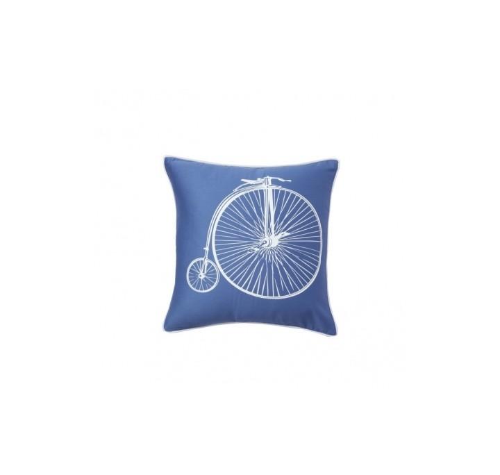 Подушка Retro BicycleКвадратные подушки и наволочки<br>Синяя подушка с хлопковым чехлом и изображением ретро-велосипеда Retro Bicycle White экологична и удобна, подчеркнет особенность, уют и очарование вашего дома. Подушка также будет отличным сувениром и оригинальным подарком любителям велосипедных прогулок.<br><br>Material: Хлопок<br>Ширина см: 43<br>Высота см: 43<br>Глубина см: 10