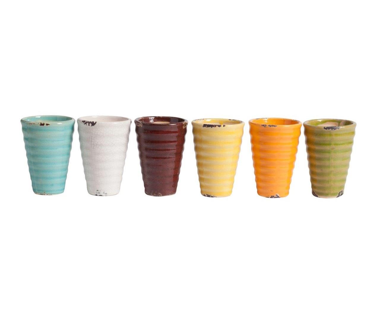 Набор подсвечников SemperПодсвечники<br>Набор Semper состоит из шести керамических подсвечников разного цвета, упакованных в бежевую картонную коробку с прозрачной крышкой. Такой набор может быть не только красивым украшением интерьера, но и универсальным подарком на любой случай. Дарите красивые вещи!<br><br>Material: Керамика<br>Height см: 7<br>Diameter см: 7