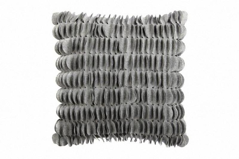 Подушка c узором Sweet Home GrayКвадратные подушки и наволочки<br>Подушка c узором Sweet Home Gray квадратной формы, покрыта тканью в светло-сером цвете, с рельефным узором из вертикальных чешуек. Мягкий и упругий наполнитель, хорошо поддерживает спину, помогает расслабиться и принять удобную позу, обеспечивает крепкий сон. Подушка также будет отличным сувениром и оригинальным подарком.<br><br>Material: Кашемир<br>Ширина см: 45<br>Высота см: 45<br>Глубина см: 14