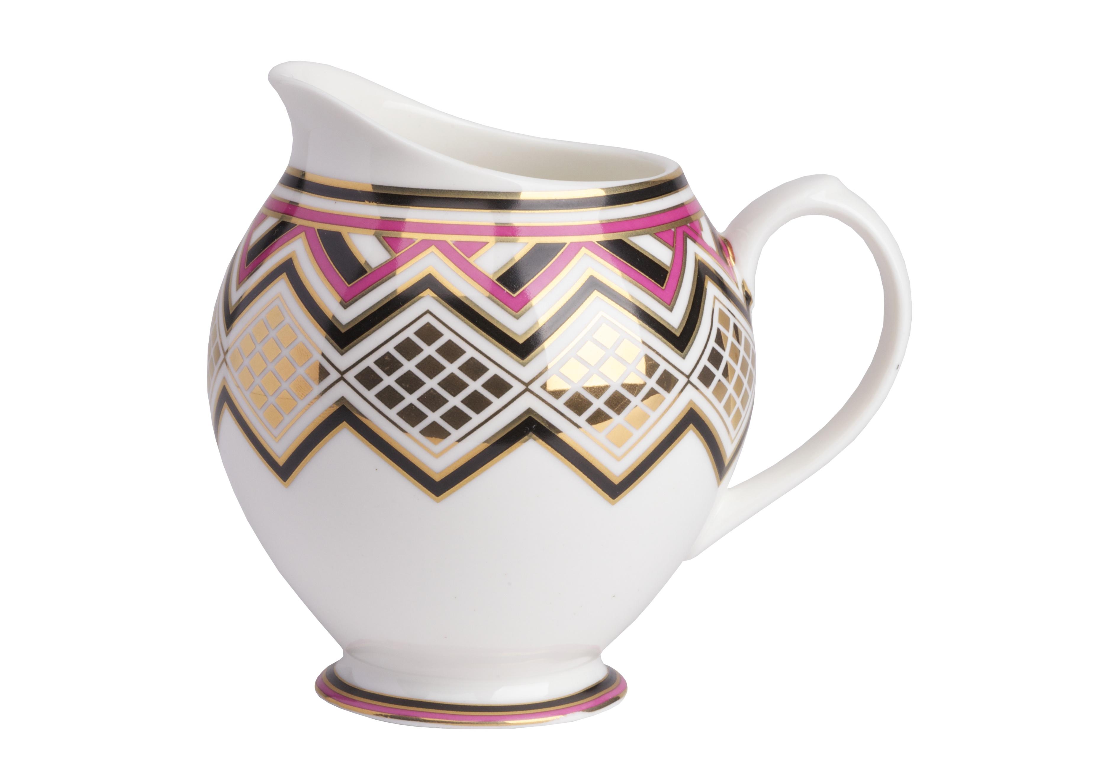 Молочник ExoticКофейники и молочники<br>Керамический молочник декорирован в современном стиле,  строгим геометрическим орнаментом, прорисованный яркими красками.  Декор красиво согласован с формой молочника. Молочник можно приобрести отдельно, а также  совместно с другими предметами коллекции.<br><br>Material: Керамика<br>Width см: 10.5<br>Depth см: 9.6<br>Height см: 14