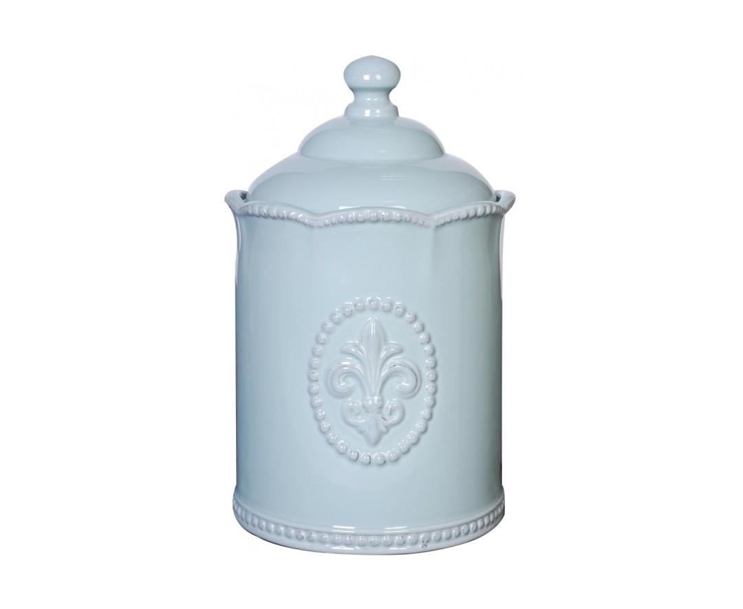 Емкость для хранения TessЕмкости для хранения<br>Голубая керамическая ёмкость декорирована рельефным рисунком в виде геральдической лилии, дополнена удобной крышкой. Благодаря жизнеутверждающему дизайну выгодно украсит интерьер вашего дома.<br><br>Material: Керамика<br>Высота см: 20