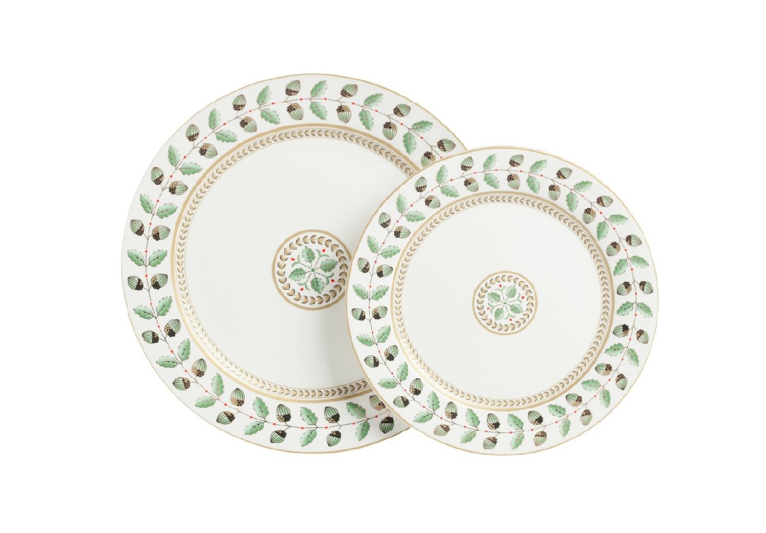 Комплект тарелок FloberДекоративные тарелки<br>Размеры: D25,5 см, D20 см<br><br>Material: Фарфор