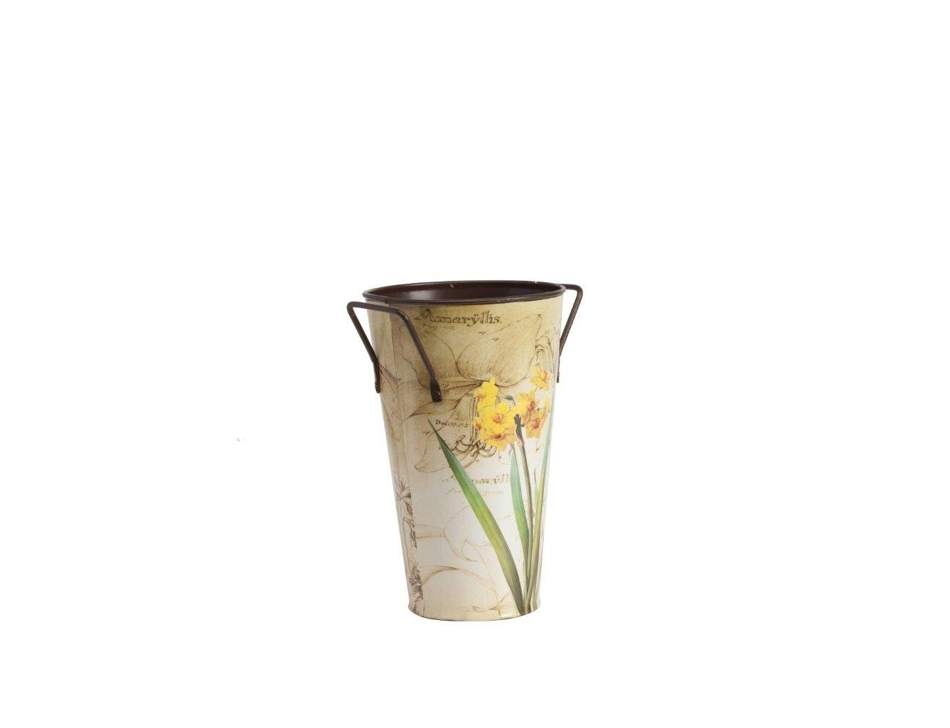 Декоративное кашпо Bronto PiccoloКашпо<br>Симпатичное декоративное кашпо Bronto Piccolo станет прекрасным украшением вашего домашнего сада, наполнит его яркими красками и роскошью. Изготовленное из металла и имеющее очаровательный рисунок в виде цветка на нежном бежевом фоне, такой аксессуар будет уместно смотреться как в современном, так и в классическом интерьере. Кашпо можно приобрести отдельно или с изделиями из той же коллекции.<br><br>Material: Металл<br>Height см: 24<br>Diameter см: 12