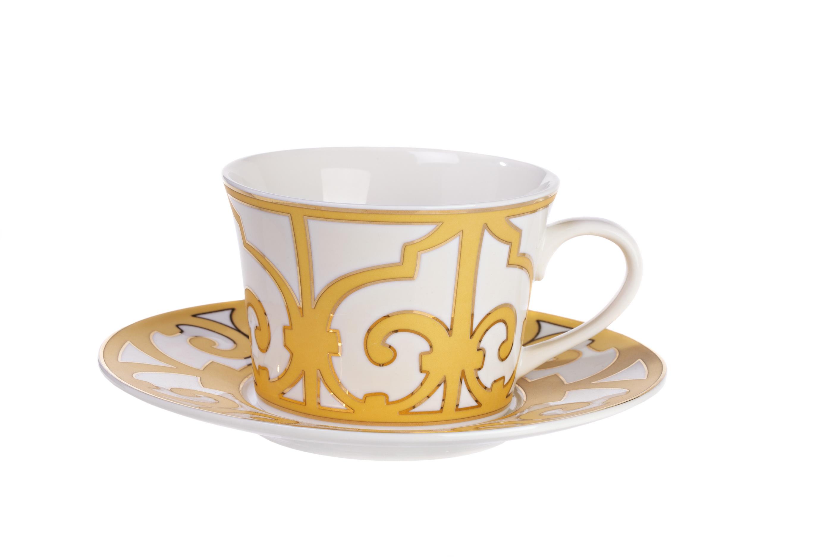 Чайная пара MarbellaЧайные пары, чашки и кружки<br>Удивительно нежная и в то же время эффектная чайная пара «Marbella» станет великолепным подарком ценителям изящных вещей. Выполненные из тончайшего костяного фарфора и декорированные золотистым орнаментом в стиле модерн, чашка и блюдце создадут особое настроение и подчеркнут изысканный вкус напитка. <br>Вы можете приобрести чайную пару отдельно, а также в комплекте с другими предметами коллекции «Marbella».<br><br>Material: Фарфор<br>Depth см: None<br>Height см: 6<br>Diameter см: 9
