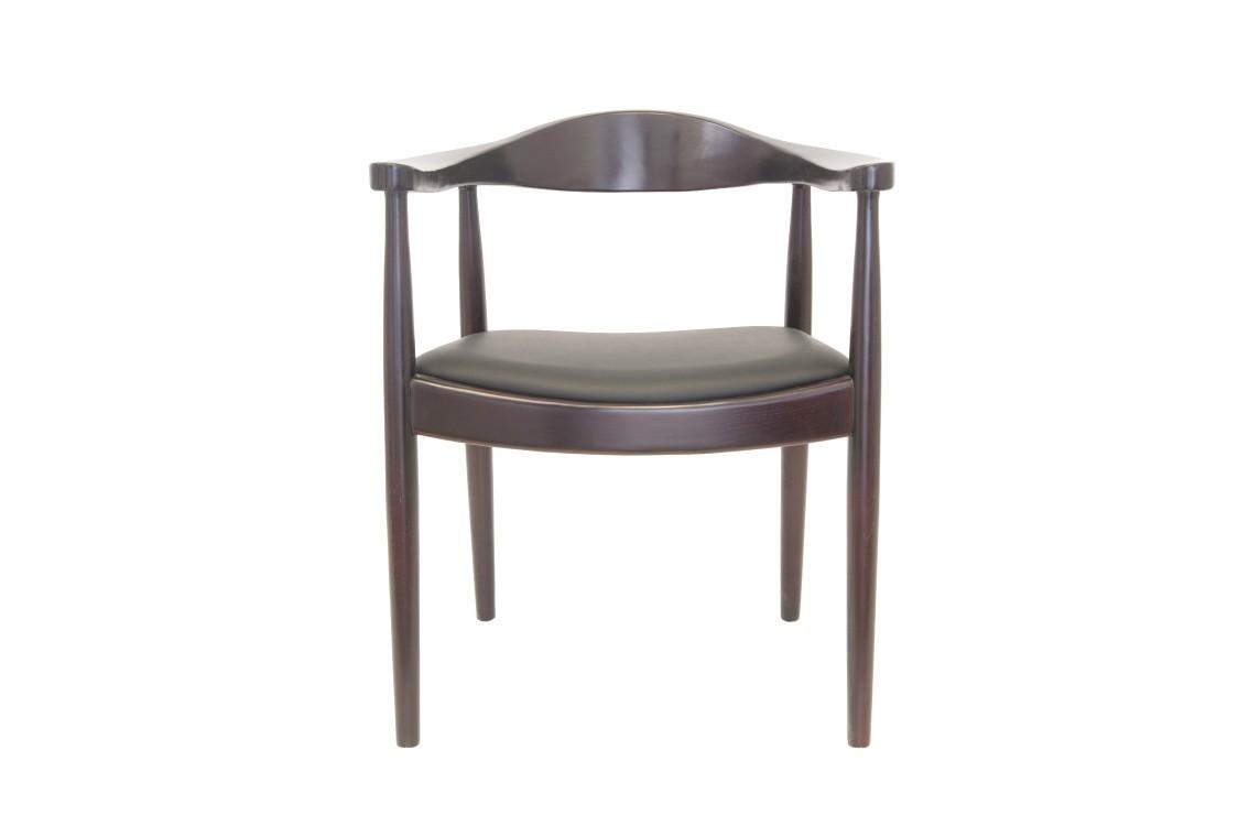 Стул CarloОбеденные стулья<br>Строгий и лаконичный стул Carlo, изготовленный полностью из натурального дерева, подойдет как к классическому интерьеру, так и к стилю модерн.&amp;amp;nbsp;<br><br>Material: Дерево<br>Width см: 65<br>Depth см: 75<br>Height см: 52