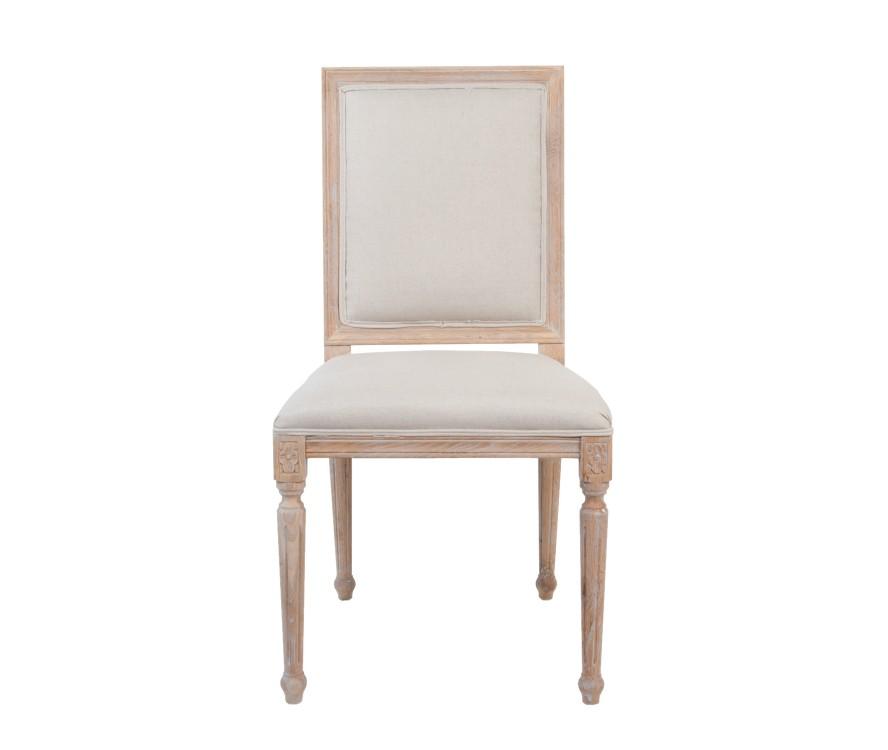 Стул LotosОбеденные стулья<br>Стул Lotos выполнен из ценной древесной породы - массива дуба. Классический дизайн стула подчеркивается эффектом состаренного дерева, точеными ножками сложной формы.<br><br>Material: Дуб<br>Width см: 49<br>Depth см: 54<br>Height см: 97