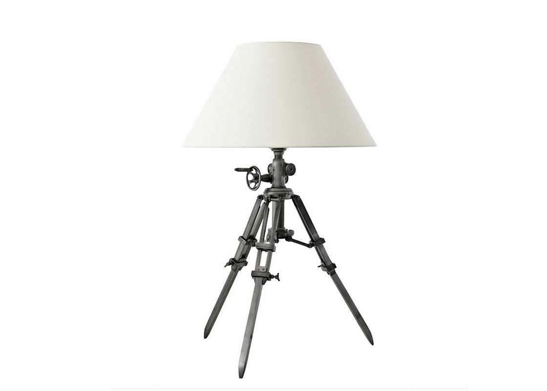 Настольная лампаДекоративные лампы<br>&amp;lt;div&amp;gt;Настольная лампа Lamp Table Royal Marine. Металлическое основание (тренога) цвета gunmetal (пушечная бронза). Тренога светильника регулируется на нужную высоту при помощи декоративных крепежей. Классический белый абажур из белой ткани.&amp;lt;/div&amp;gt;&amp;lt;div&amp;gt;&amp;lt;br&amp;gt;&amp;lt;/div&amp;gt;&amp;lt;div&amp;gt;Количество лампочек: 1&amp;lt;/div&amp;gt;&amp;lt;div&amp;gt;Мощность: 1 x 40 Вт&amp;lt;/div&amp;gt;&amp;lt;div&amp;gt;Тип лампы: Накаливания, E27&amp;lt;/div&amp;gt;<br><br>Material: Металл<br>Высота см: 95