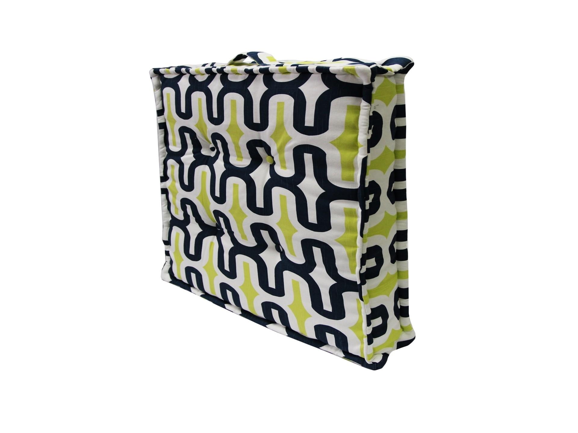 Подушка на пол Embrace CanalКвадратные подушки<br>Подушка на пол  станет ярким акцентом в вашем интерьере. Высококачественный материал приятен и безопасен даже для самой чувствительной кожи.  Оригинальная подушка сделает пространство стильным и уютным.<br><br>Material: Хлопок<br>Width см: 70<br>Depth см: 70<br>Height см: 10