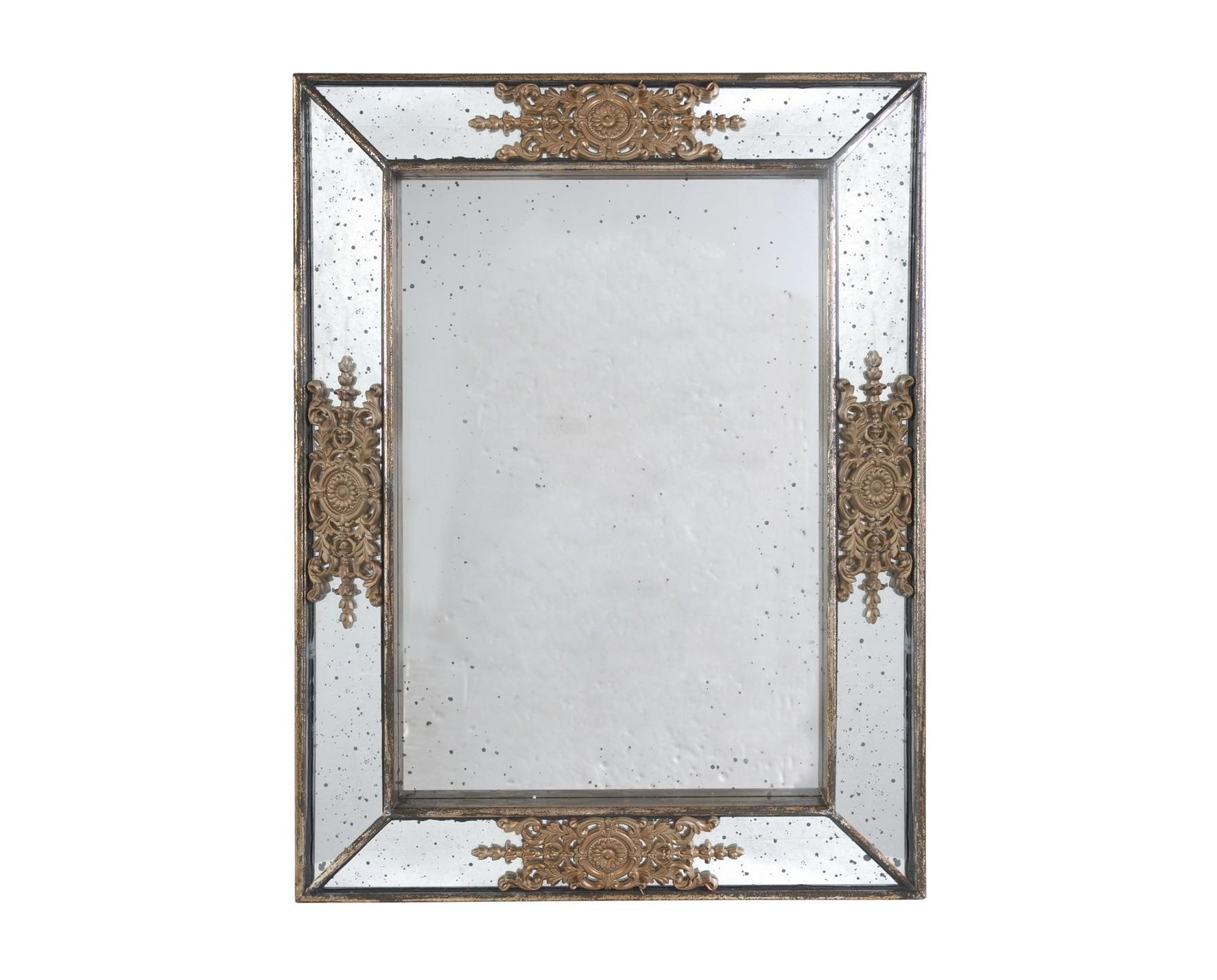 Зеркало настенноеНастенные зеркала<br>Зеркало настенное, рама зеркальная, патинированная &amp;quot;под старину&amp;quot;. Материал - дерево, зеркало. Вес - 10,2 кг<br><br>Material: Стекло<br>Width см: 62<br>Depth см: 5<br>Height см: 82