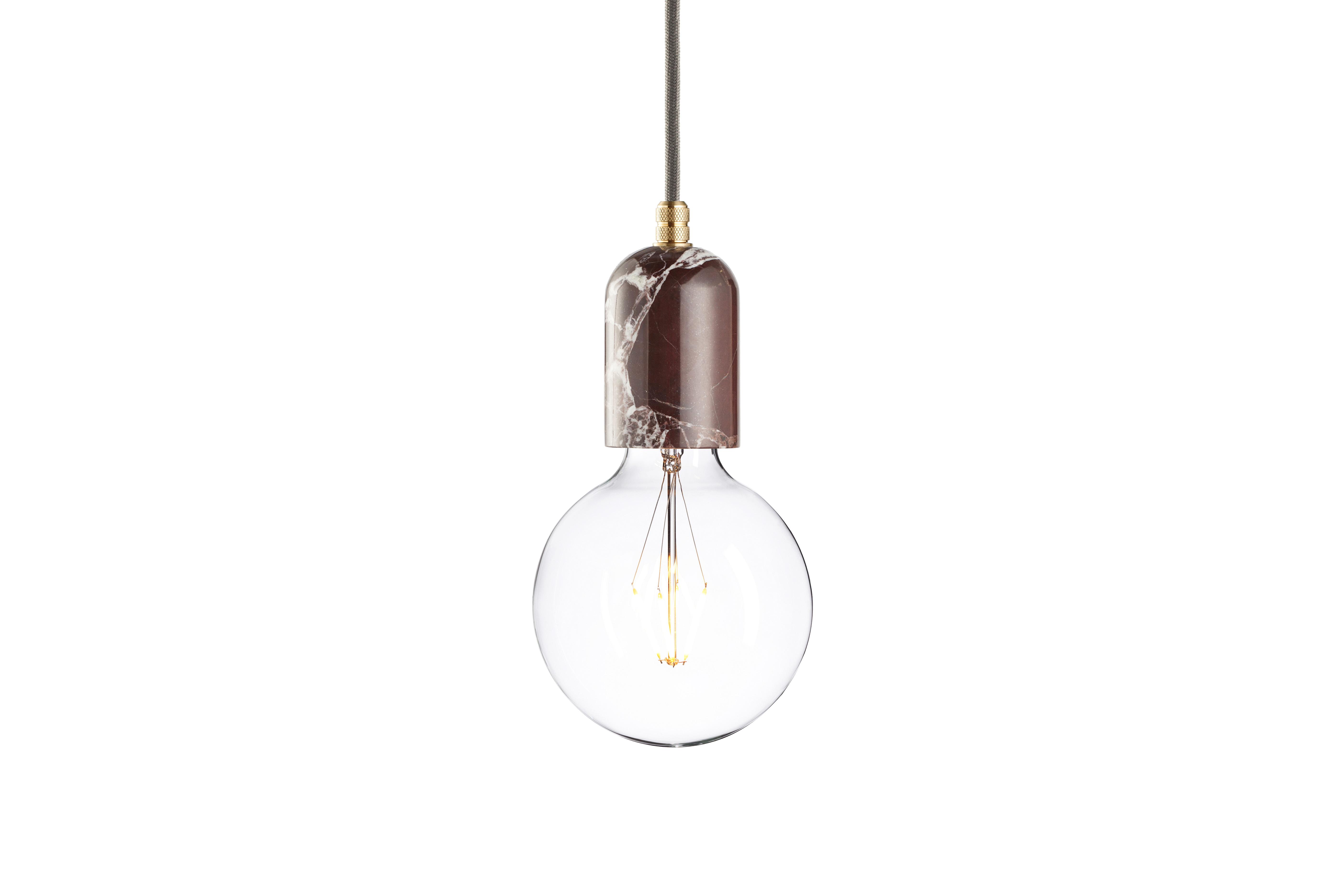 Подвесной светильник Marmor Bj?rtПодвесные светильники<br>Любите роскошь, но не приемлете помпезности в оформлении интерьера? Подвесной светильник сможет удовлетворить ваш притязательный вкус. Лаконичное оформление покорит своей скромной элегантностью. Корпус из настоящего мрамора добавит аскетичному индастриал-декору подлинного шика. Комбинация лоска и минимализма покорит вас с первого взгляда.&amp;lt;div&amp;gt;&amp;lt;br&amp;gt;&amp;lt;/div&amp;gt;&amp;lt;div&amp;gt;Лампочка приобретается отдельно. Цоколь Е27, максимальная мощность лампочки - 60 W, длина шнура - 3 м.&amp;amp;nbsp;&amp;amp;nbsp;&amp;lt;/div&amp;gt;&amp;lt;div&amp;gt;Материал: корпус - мрамор &amp;amp;nbsp;Rosso Levanto, фурнитура - латунь, сталь, патрон - пластик, кабель в оплетке.&amp;amp;nbsp;<br>Под заказ. Срок изготовления 3 недели.&amp;amp;nbsp;&amp;lt;/div&amp;gt;<br><br>Material: Мрамор<br>Height см: 10,8<br>Diameter см: 6