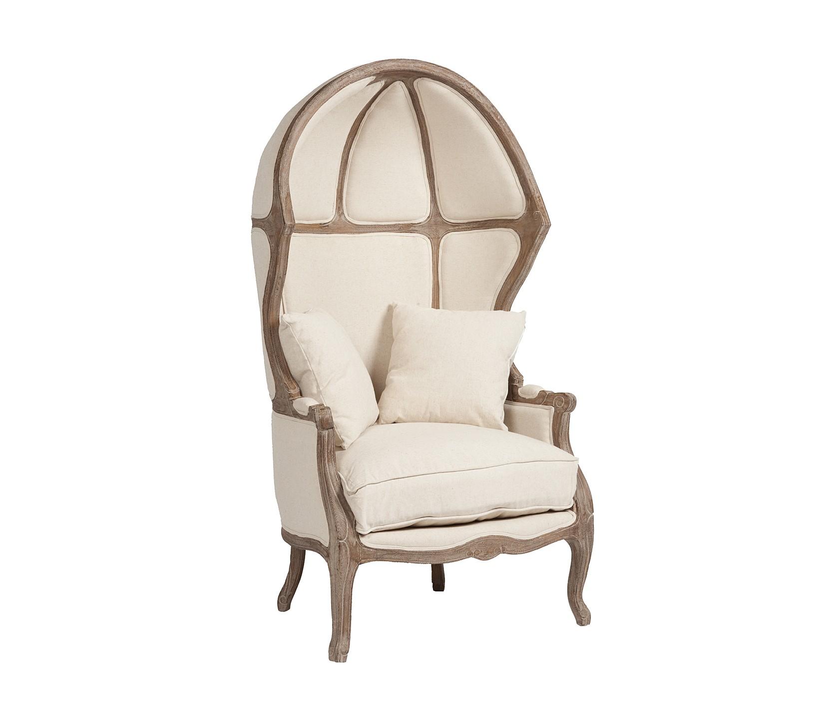 Кресло VersaillesКресла с высокой спинкой<br>Оригинальное кресло-карета Versailles позволит вам со стилем окунуться в эпоху французского Просвещения. Резные элементы из благородного дуба восхищают мастерством исполнения, а неординарный капюшон буквально заставляет поверить, что кресло к нам попало прямиком из XVIII века.&amp;nbsp;&amp;nbsp;Поверхность кресла обита натуральной льняной тканью бежевого цвета.&amp;nbsp;Пухлая съёмная подушка сиденья и дополнительные мягкие подушки прибавляют ощущения комфорта.<br><br>kit: None<br>gender: None