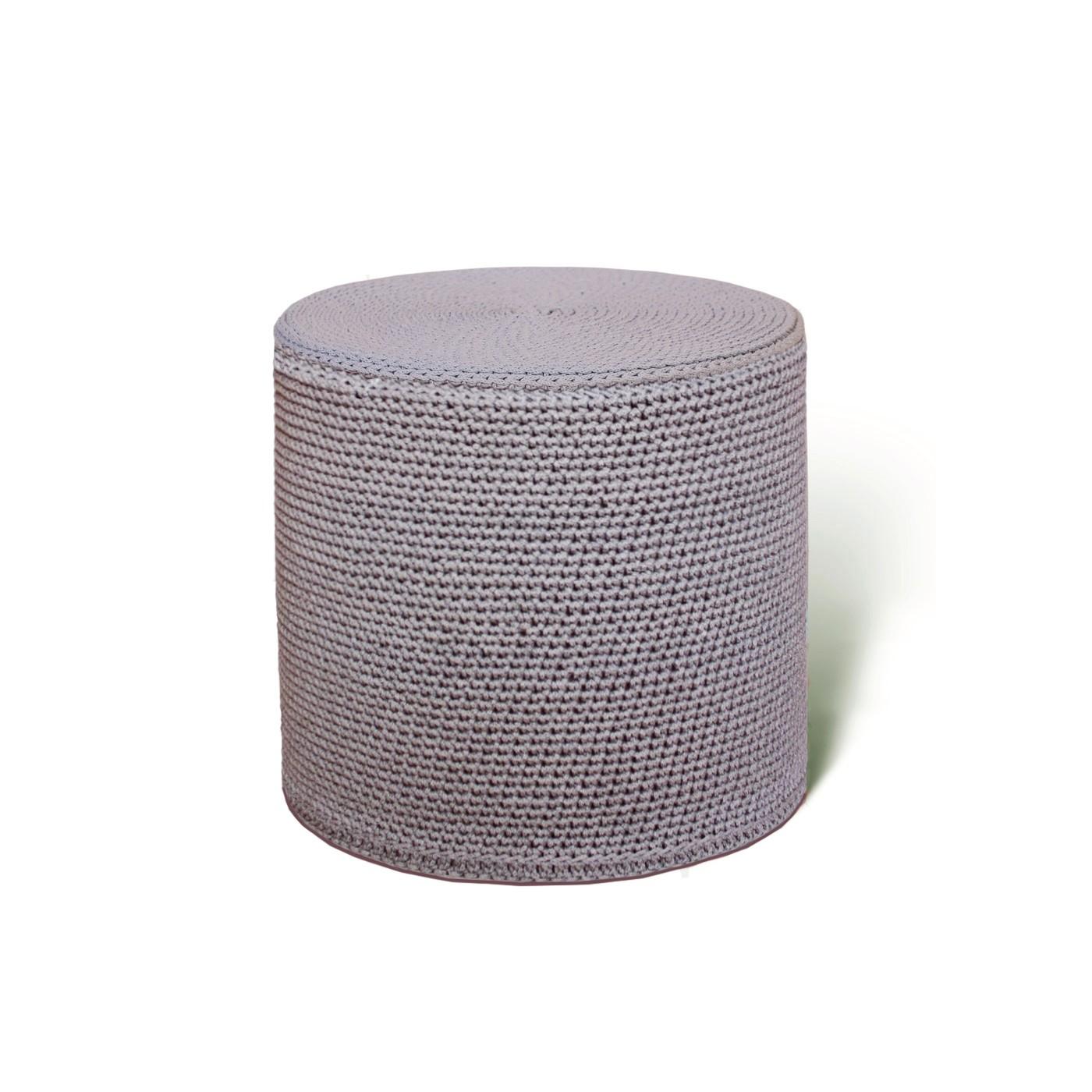 ПуфФорменные пуфы<br>Дизайнерский уникальный пуф ручной работы. Чехол сплетен из льняных веревок цвета какао, мягкое войлочное дно. Наполнитель — формованный высококачественный ППУ, поэтому такой пуф можно использовать вместо табурета или ставить на него поднос с едой.&amp;lt;div&amp;gt;&amp;lt;br&amp;gt;&amp;lt;/div&amp;gt;&amp;lt;div&amp;gt;Гарантия на форму 5 лет&amp;lt;/div&amp;gt;<br><br>Material: Текстиль<br>Высота см: 45