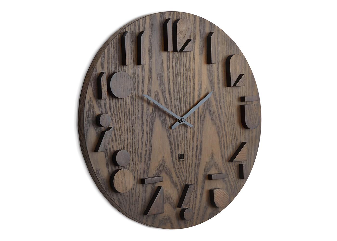Часы настенные ShadowНастенные часы<br>Оригинальные часы с деревянным циферблатом из окрашенного в тёмный цвет натурального дерева. Объемные цифры выполнены из того же материала, что и основание, а их грани подкрашены темным цветом, что создает необычный эффект светотени. Бесшумный ход. Работают от одной стандартной батарейки АА (в комплект не входит).&amp;lt;div&amp;gt;&amp;lt;br&amp;gt;&amp;lt;/div&amp;gt;&amp;lt;div&amp;gt;Дизайн: Alan Wisniewski&amp;lt;/div&amp;gt;<br><br>Material: Дерево<br>Depth см: 2,5<br>Diameter см: 40,5