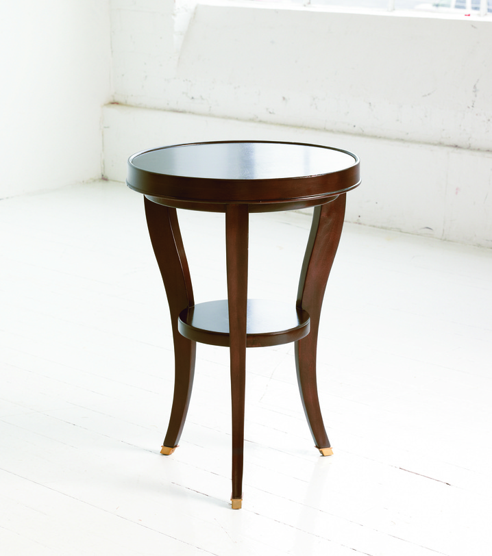 Столик для лампы фото