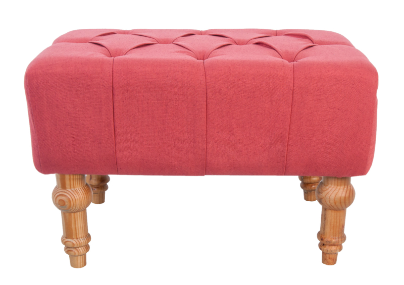 Пуф Viera redФорменные пуфы<br>Элегантный пуф Viera подарит вашему дому атмосферу уюта, комфорта и роскоши. Низкий мягкий пуф с резными изящными ножками будет выгодно смотреться в современном классическом стиле и стиле прованс.&amp;lt;div&amp;gt;&amp;lt;br&amp;gt;&amp;lt;/div&amp;gt;&amp;lt;div&amp;gt;Материал: Лен, Массив дуба.&amp;lt;/div&amp;gt;<br><br>Material: Лен<br>Width см: 60<br>Depth см: 40<br>Height см: 50
