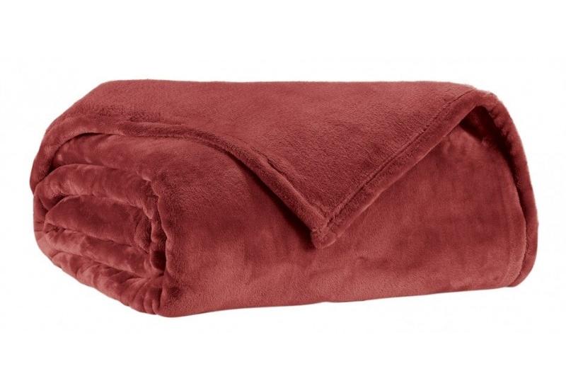 Плед LIT TENDERСинтетические пледы<br>Шикарный красный плед станет отличным подарком или приобретением в дом. Он окутает вас своим мягким, приятным на ощупь материалом.<br><br>Material: Текстиль<br>Length см: 200<br>Width см: 150