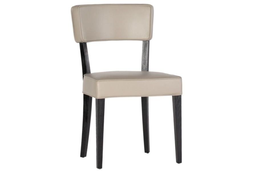 Стул ЕgoistОбеденные стулья<br>Черное дерево и великолепная кожа – идеальное сочетание для создания строгой благородной атмосферы в столовой зоне. Модель Еgoist представлена в трех вариантах: коричневой, бежевой и белой отделке. Вы можете создать композицию из строгого стола и стульев разного цвета, чередуя их в шахматном порядке или расставив хаотично – это сделает интерьер ярким и необычным.<br><br>Material: Кожа<br>Width см: 51<br>Depth см: 52<br>Height см: 88