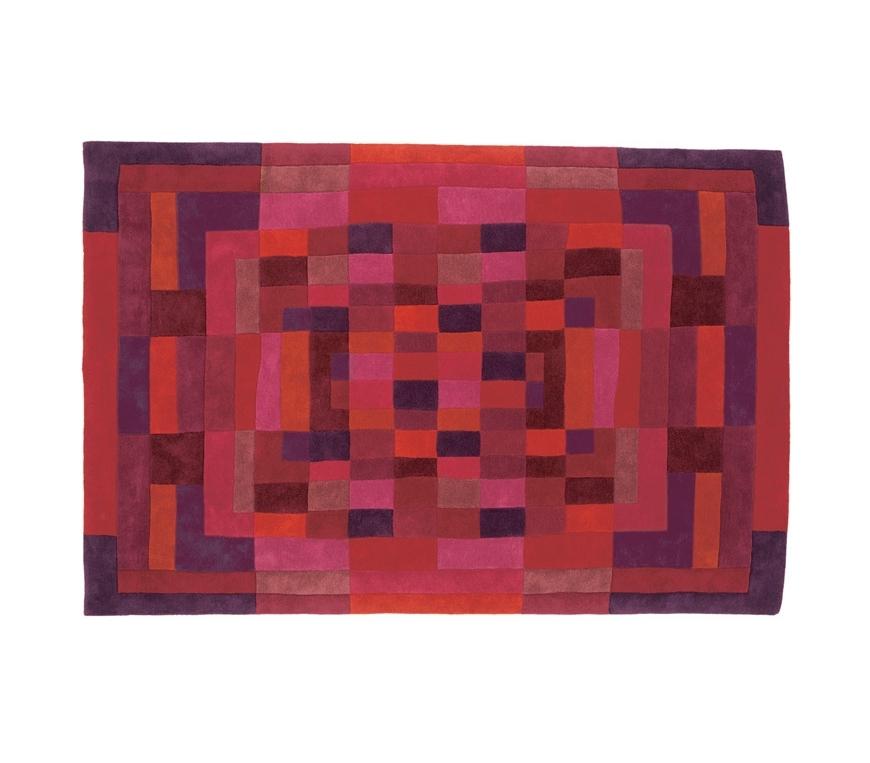 Ковер SYBILLA NanimarquinaПрямоугольные ковры<br>С нашей коллекцией ковров вы сможете реализовать целый ряд дизайнерских задач: связать элементы интерьера воедино, очертить зону комфорта, создать яркий акцент или, наоборот, смягчить буйство красок. Наделите ваш интерьер историей, сделайте его живее и эмоциональнее!<br><br>Material: Шерсть<br>Ширина см: 240<br>Высота см: 2