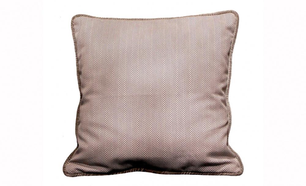 Подушка Зимний лесКвадратные подушки и наволочки<br>Двусторонняя подушка.<br><br>Material: Текстиль<br>Ширина см: 40<br>Высота см: 40<br>Глубина см: 5