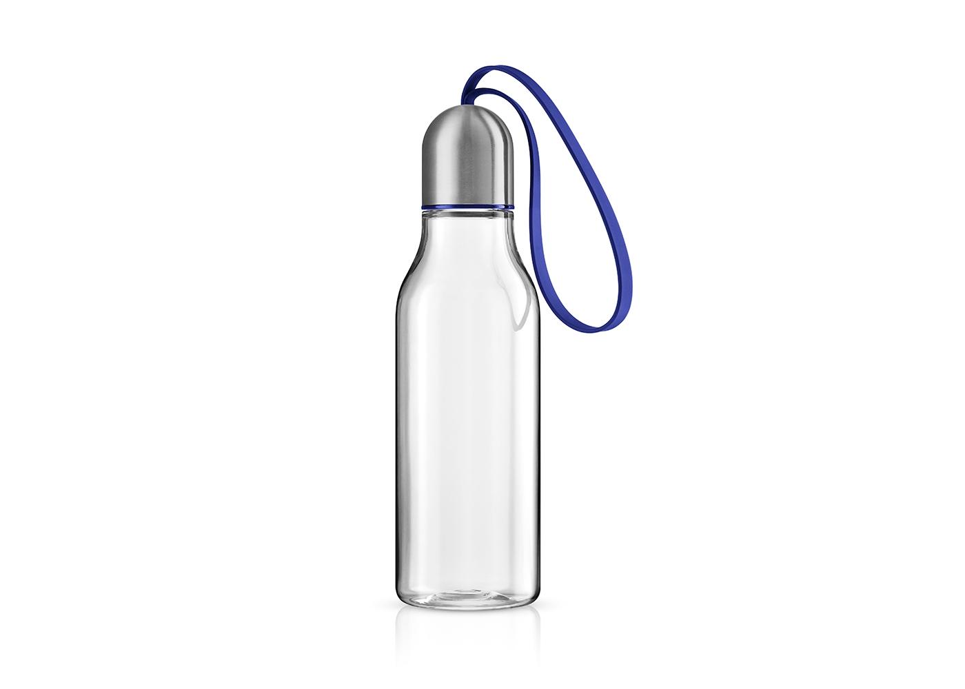 Бутылка спортивнаяЕмкости для хранения<br>Спортивная бутылка предназначена для любого вида активности и позволяет быстро утолить жажду благодаря практичному питьевому клапану. Бутылка полностью герметична, даже если носить её в сумке, а гигиеничная крышка защищает горлышко от пыли и грязи.<br>Бутылка имеет практичный силиконовый ремешок, благодаря которому её легко взять с собой и всегда иметь под рукой освежающий напиток. Наполнять бутылку можно сколько угодно раз - она не содержит опасных примесей, таких, как бисфенол. Сделана из ударопрочного безопасного пластика. Все части можно мыть в посудомоечной машине.&amp;lt;div&amp;gt;&amp;lt;br&amp;gt;&amp;lt;/div&amp;gt;&amp;lt;div&amp;gt;&amp;lt;span style=&amp;quot;line-height: 24.9999px;&amp;quot;&amp;gt;Объём 0,7 л.&amp;amp;nbsp;&amp;lt;/span&amp;gt;&amp;lt;br&amp;gt;&amp;lt;/div&amp;gt;<br><br>Material: Пластик<br>Height см: 23<br>Diameter см: 6,5