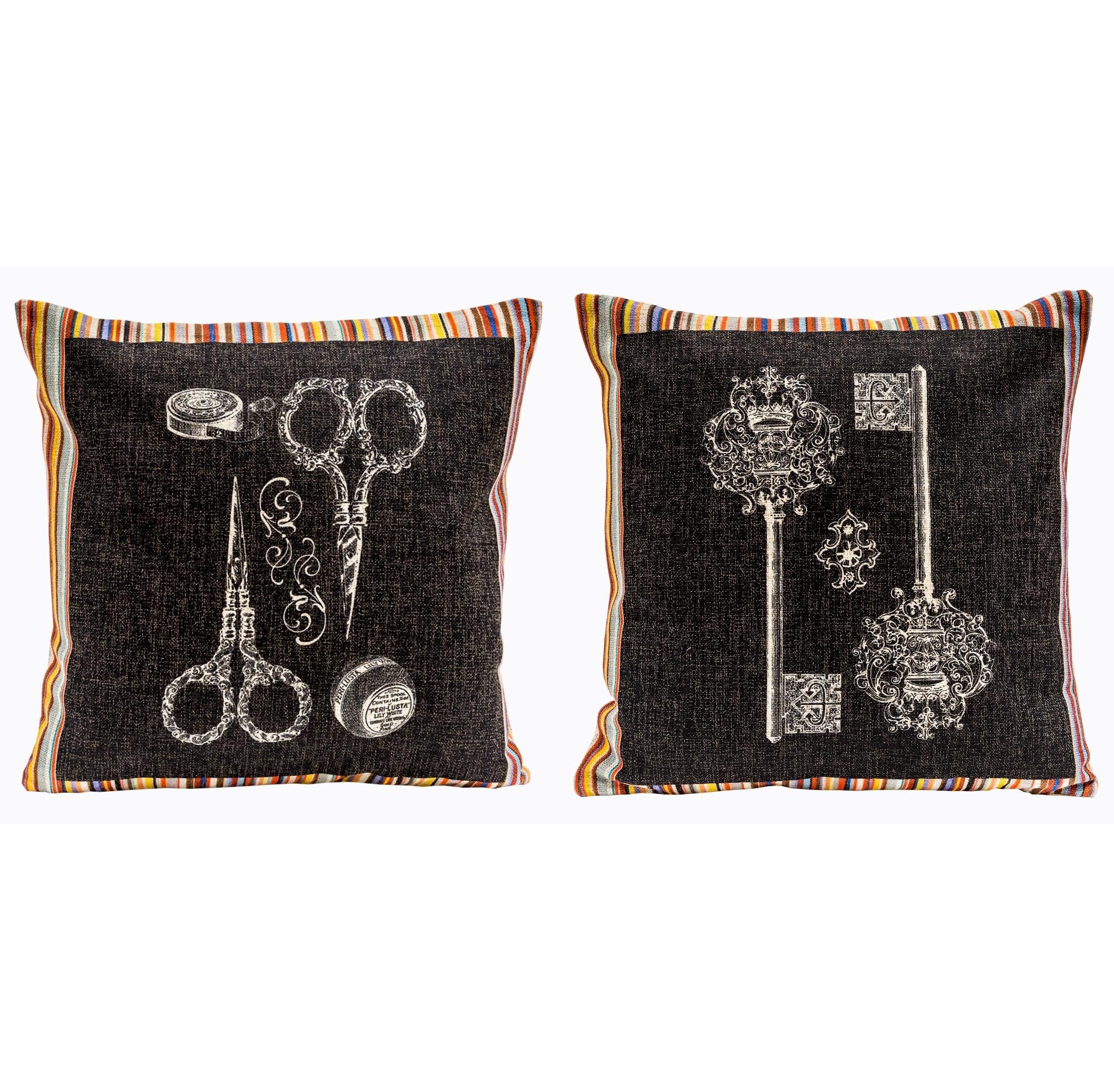 Набор из двух декоративных подушек СтрайпКвадратные подушки<br>Поток радужных лучей пропитывает дизайн подушек  &amp;quot;Страйп&amp;quot; пикантностью и откровенным шиком. Декоративные подушки — простейший и надежный способ домашнего комфорта и уюта. Яркие арт-инсталляции отвечают главному девизу интерьера: удивляют, запоминаются, вызывают страсть к коллекции.<br>Мягкие подушечки всегда желанны в гостиных, спальнях и холлах.<br><br>Material: Хлопок<br>Width см: 45<br>Height см: 45