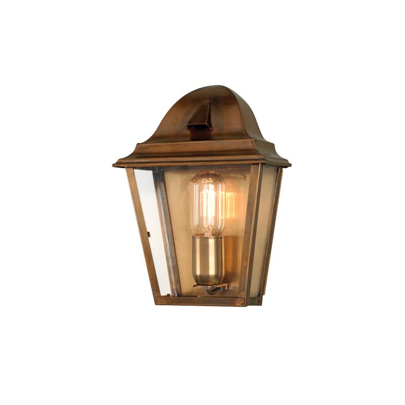 Настенный фонарь Elstead ExteriorУличные настенные светильники<br>Цоколь: E27.&amp;amp;nbsp;&amp;lt;div&amp;gt;Мощность: 100W.&amp;amp;nbsp;&amp;lt;/div&amp;gt;&amp;lt;div&amp;gt;Количество ламп: 1.&amp;lt;/div&amp;gt;&amp;lt;div&amp;gt;Цвет: латунь.&amp;lt;/div&amp;gt;<br><br>Material: Металл<br>Ширина см: 20<br>Высота см: 28