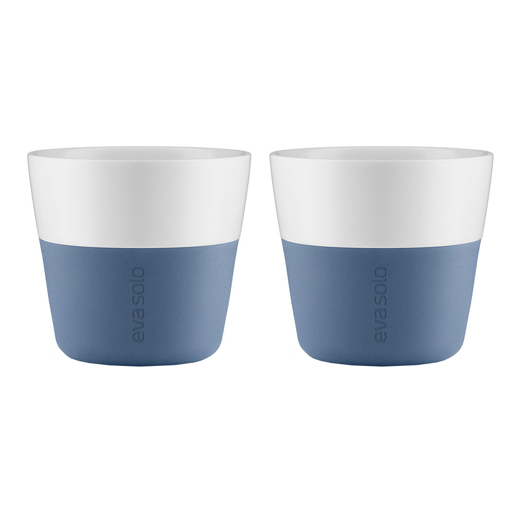 Чашки для лунгоЧайные пары, чашки и кружки<br>Eva Solo разработала новые стаканы различной емкости, для трех самых популярных видов кофе - эспрессо (80мл), лунго (230мл) и латте (360мл). В них помещается именно то количество молока и пены, которая соответствует стандартным параметрам на популярные капусльные кофе-машины. Другими словами, вы можете сварить ваш любимый кофе, используя такие кофе-машины как Nespresso, Dolce Gusto или Philips Senseo прямо в стакан. Чаши сделаны из фарфора с силиконовой оболочкой, которая обеспечивает хорошее сцепление с поверхностью, а так же предотвращая ожог пальцев. Стаканы можно мыть в посудомоечной машине предварительно сняв силиконовую часть.&amp;amp;nbsp;Материал: фарфор, силикон.&amp;amp;nbsp;&amp;lt;div&amp;gt;&amp;lt;span style=&amp;quot;line-height: 24.9999px;&amp;quot;&amp;gt;&amp;lt;br&amp;gt;&amp;lt;/span&amp;gt;&amp;lt;/div&amp;gt;&amp;lt;div&amp;gt;&amp;lt;span style=&amp;quot;line-height: 24.9999px;&amp;quot;&amp;gt;Объем:&amp;amp;nbsp;230 мл.&amp;lt;/span&amp;gt;&amp;lt;/div&amp;gt;<br><br>Material: Фарфор<br>Height см: 8<br>Diameter см: 8,5